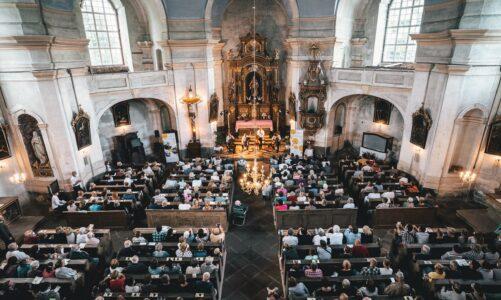 Festival Za poklady Broumovska uzavře koncert Pavla Šporcla a Gipsy Way Ensemble