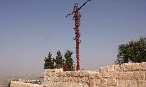 Jako Mojžíš vyvýšil na poušti hada, tak musí být vyvýšen Syn člověka.