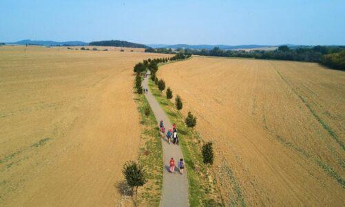 """Film """"Pěšky bez hranic"""" lze do 30. října vidět na online Cestovatelském festivalu """"NEZNÁMÁ ZEMĚ 2020"""""""