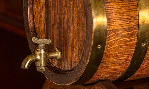 V sudech zrál tři měsíce a zítra má premiéru: Vánoční bock 20 z Klášterního pivovaru Želiv
