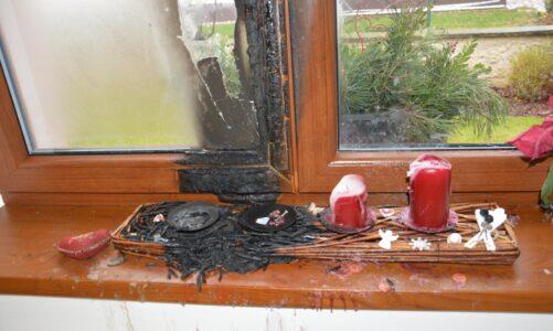 Advent s hořícími věnci patří k nejrizikovějším obdobím, varují hasiči. Na co si dát pozor?