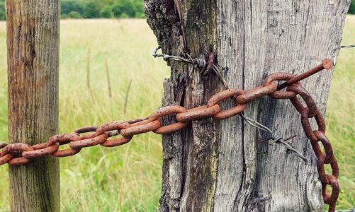 Už ani řetězy ho nikdo nemohl svázat