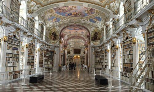 Opatství Admont zasáhlo v lednu zemětřesení i obří lavina zájmu o barokní knihovnu