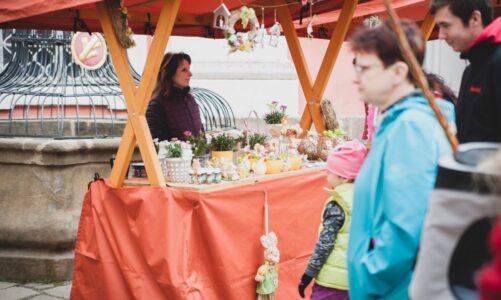 Broumovský klášter zve v sobotu 22. května na jarní trh plný řemeslných výrobků