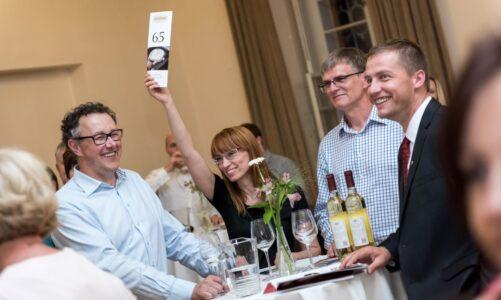 Dobročinný večer pro Broumovsko a ochutnávka vín